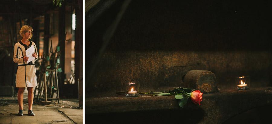 En ros ligger på hyllan i smedjan