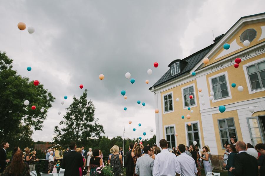 Ballonger mot luften på Schenströmskas terrass