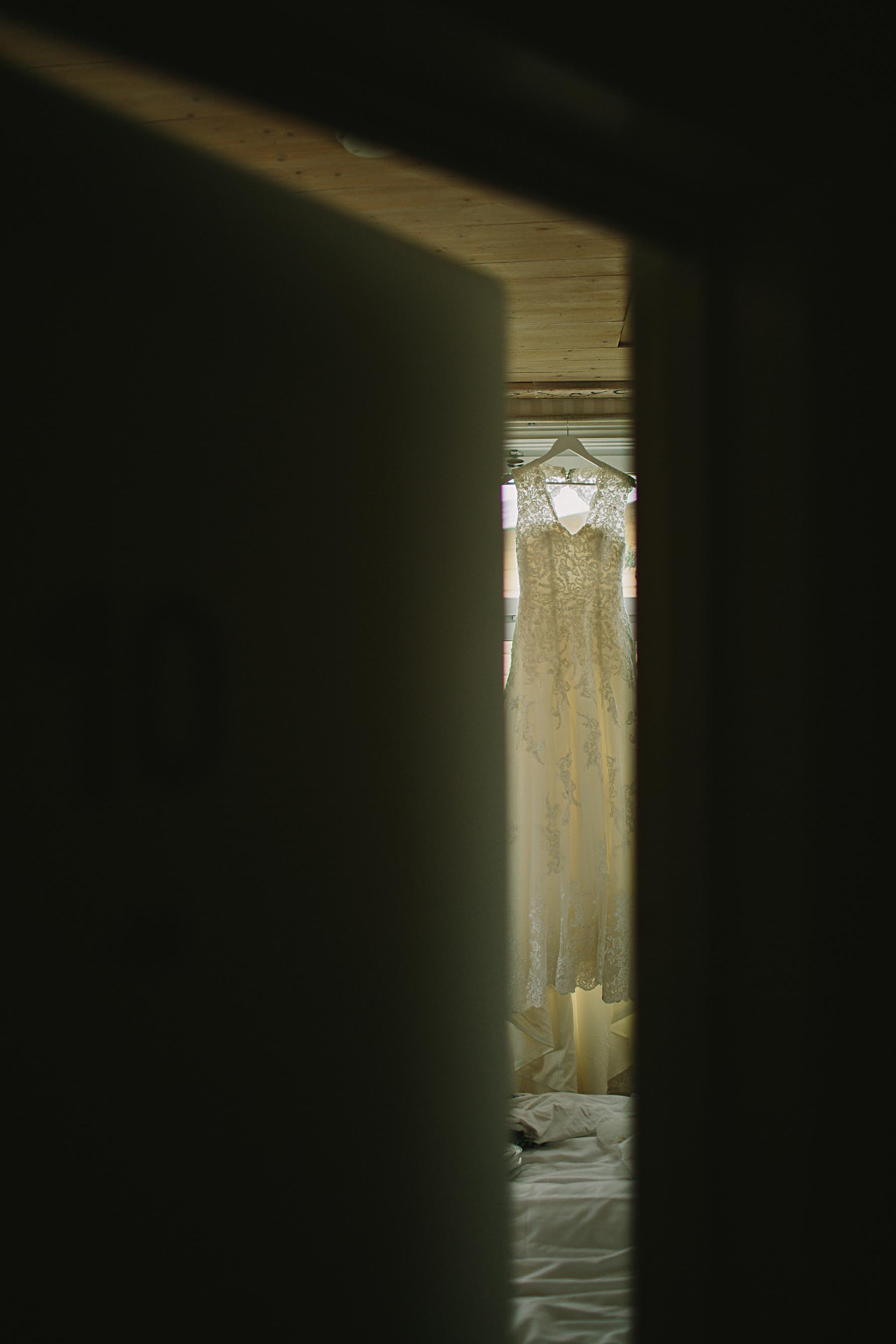 brudens klänning i fönstret
