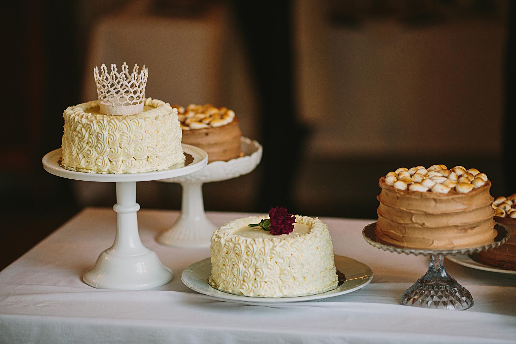 bröllopstrta gjord av bruden