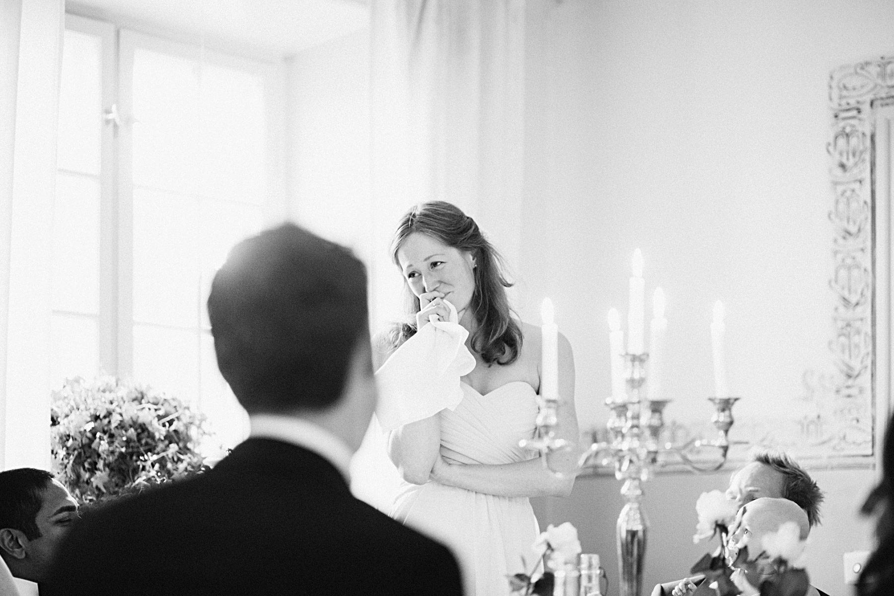 Brudens syster håller tal