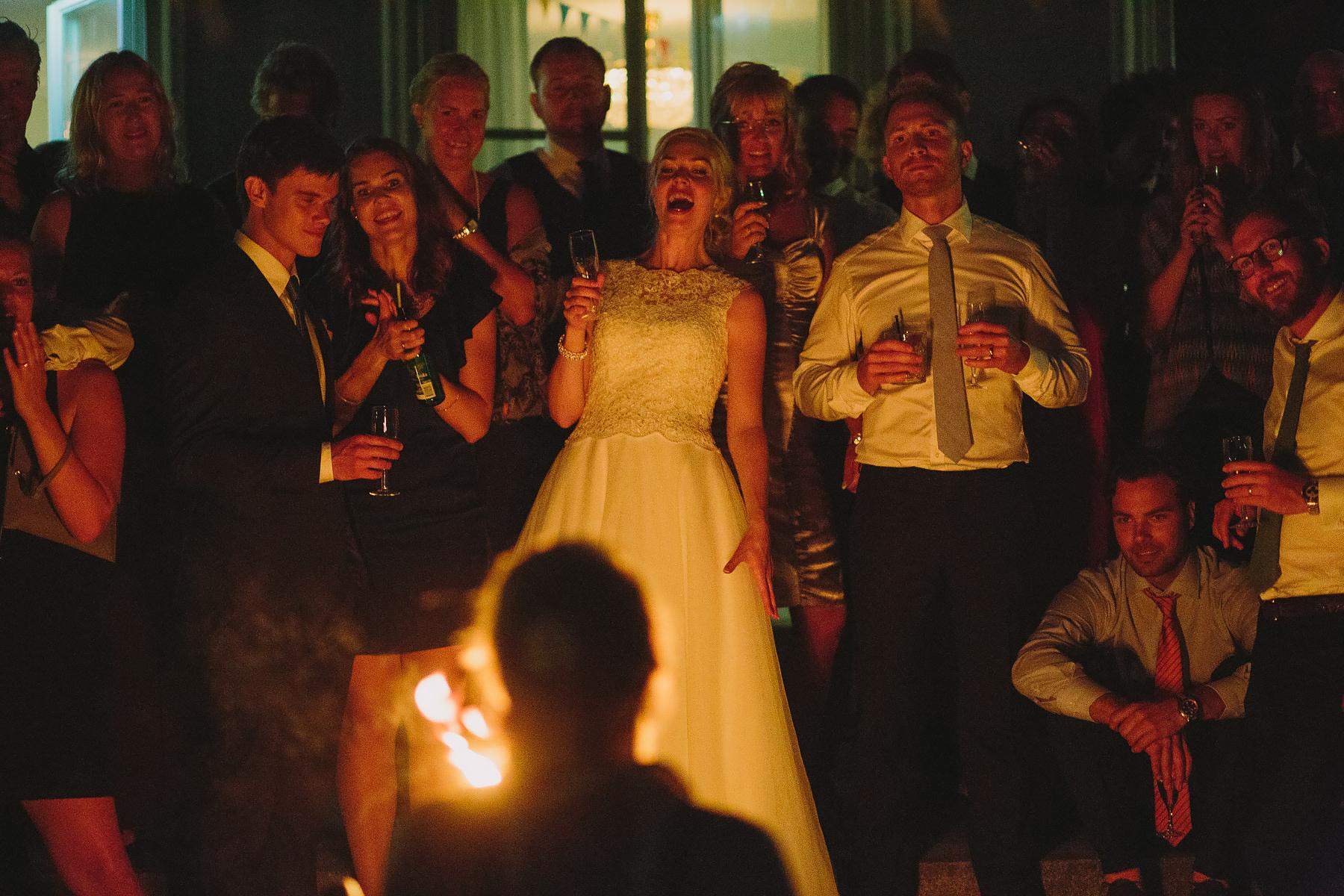 Fantastisk elddans på bröllop
